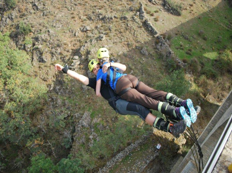 Tandem Bungee Jump in Pairs, Pics & Video, Madrid