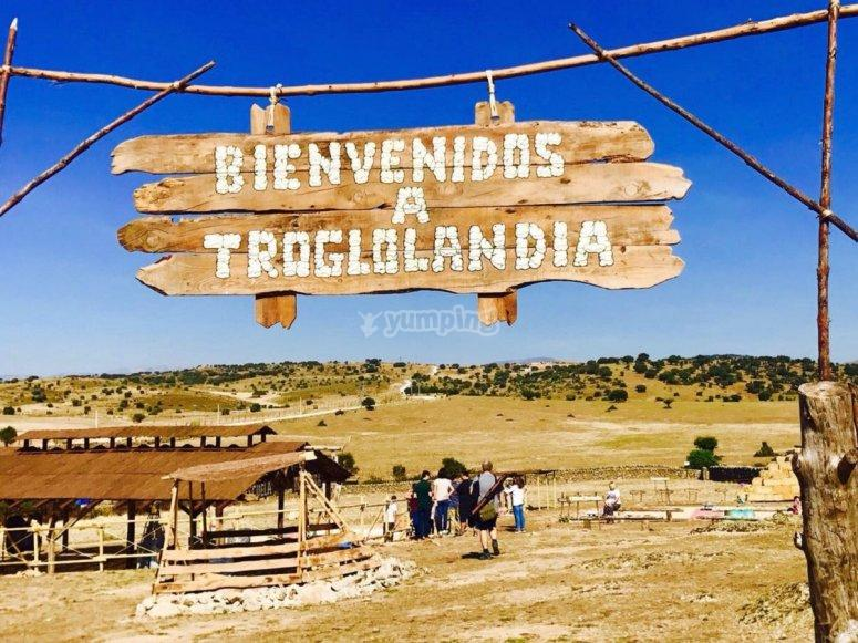 Familiar games Trogloland at Colmenar Viejo