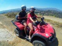 Disfruta en pareja de una ruta en quad