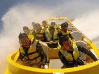 Accelerare nella barca a reazione