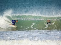 Le onde della spiaggia di Marenyet sono perfette per sviluppare le tue abilità