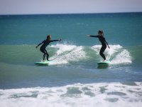 Enjoy with friends of surfing