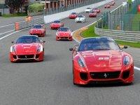 Guida Ferrari nel circuito