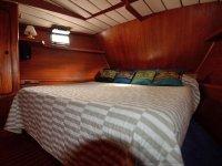 Camarote con cama grande