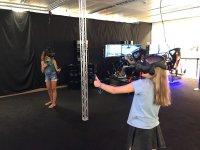 Chicas en sala VR