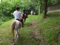 A caballo por los caminos de Guipuzcoa