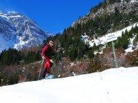 我们冬天出去穿雪--999-舒适的山路
