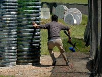 Corriendo en una partida de paintball