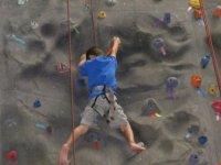 Aprender a escalar en rocódromo