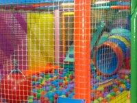 piscina de bolas parque infantil