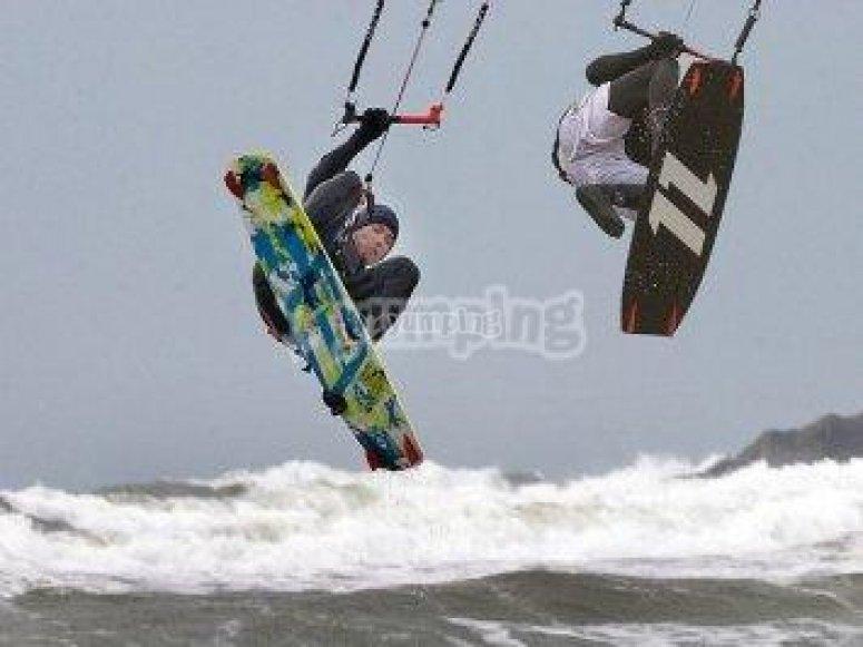 Realiza actividades como el kite