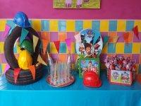 Mesa con dulces