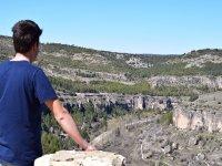 Contemplando la sierra en Cuenca