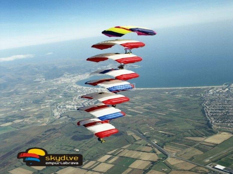 Entrenamiento de los mejores paracaidistas