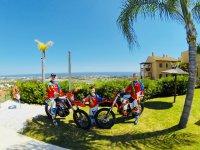 Ven con amigos a recorrer Marbella en una KTM
