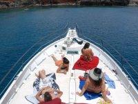 Navegando hacia la cala