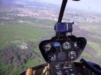 Interior helicoptero en vuelo