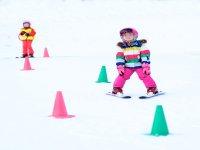 Disfruta del esquí desde los 3 años