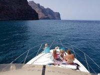 Relajate con la familia en el mar