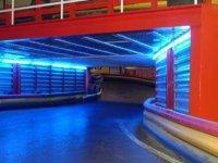 Tunel iluminado