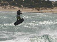 Ejercicios de kite en el agua