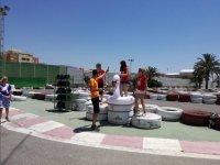 Entrega de trofeos en el karting