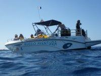 Barco para bucear