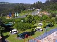 Merendero y Parque Infantil
