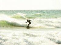 Surfeando en Girona