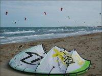 享受风筝冲浪