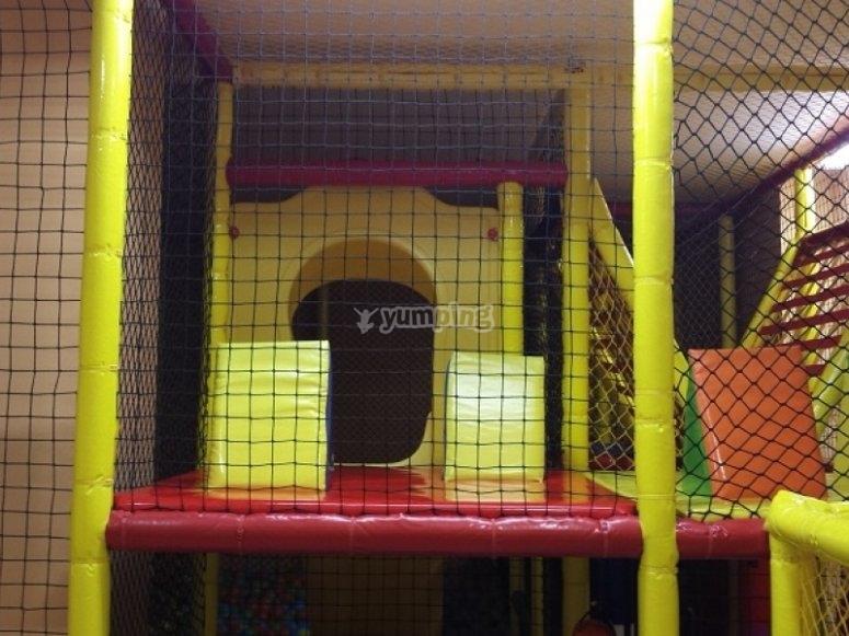 Parques infantiles piscina de bolas con tobogan de - Piscina infantil con tobogan ...
