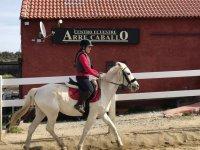 Practicando la equitacion en Los Angeles de San Rafael