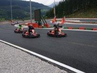 En el circuito de karts