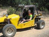 Ruta en buggy masculina