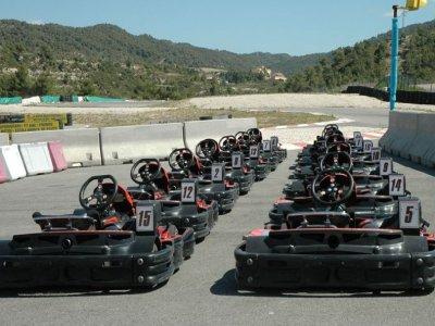 Descubre la adrenalina con Karting Parcmotor