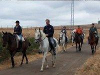 Por el camino de excursion a caballo