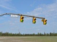 Semaforos sobre linea de salida en Zuera