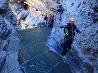 Puentes de cuerdas sobre lagos
