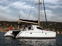disfruta de nuestro precioso catamaran