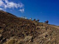 Recorriendo terrenos a caballo