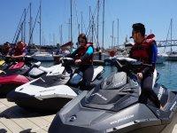 A bordo de las motos nauticas en Barcelona
