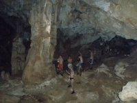 Group practicing speleology