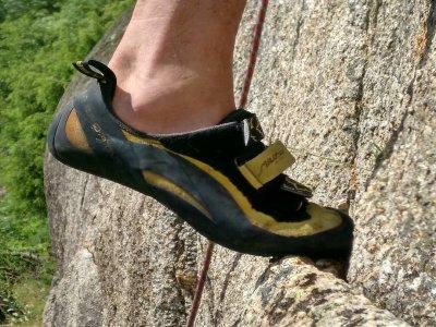 Onas Deportes de Montaña Escalada