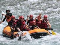 Descenso de rafting en familia