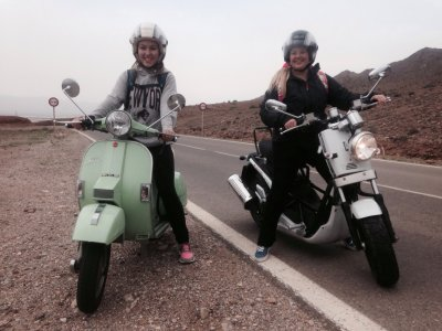 Maremotum Alquiler de Motos Rutas en Scooter