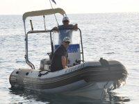Embarcacion para salida de buceo