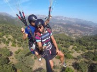 Gazing down from the paraglider