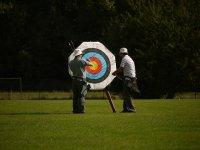 Practicar tiro con arco para eventos