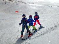在内华达山脉滑雪板