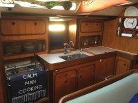 Cocina en madera del barco